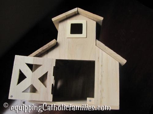 ArtMinds Wood Barn