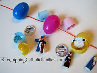 string of eggs kinder surprise